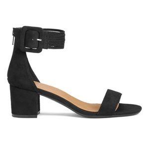NWOT Martha Stewart Aerosoles Sandals